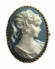 Brooch with Gemme motive in light blue