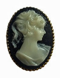 Brooch with Gemme motive in black